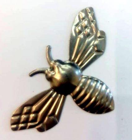 Fém díszítőelem, méhecske 3,4*5,5cm 10/cs 35192