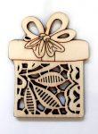 Fafigura 5*8cm karácsonyi ajándékcsomag dísz csipkés 623