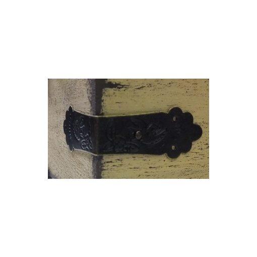 Fém sarokpánt szögekkel,  4,3*2cm 8/cs 0068C