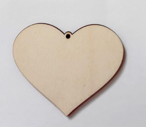 Fa szív forma, teli 6*7cm 302