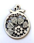 Fafigura 6cm karácsonyi gömbdísz csipkés 636