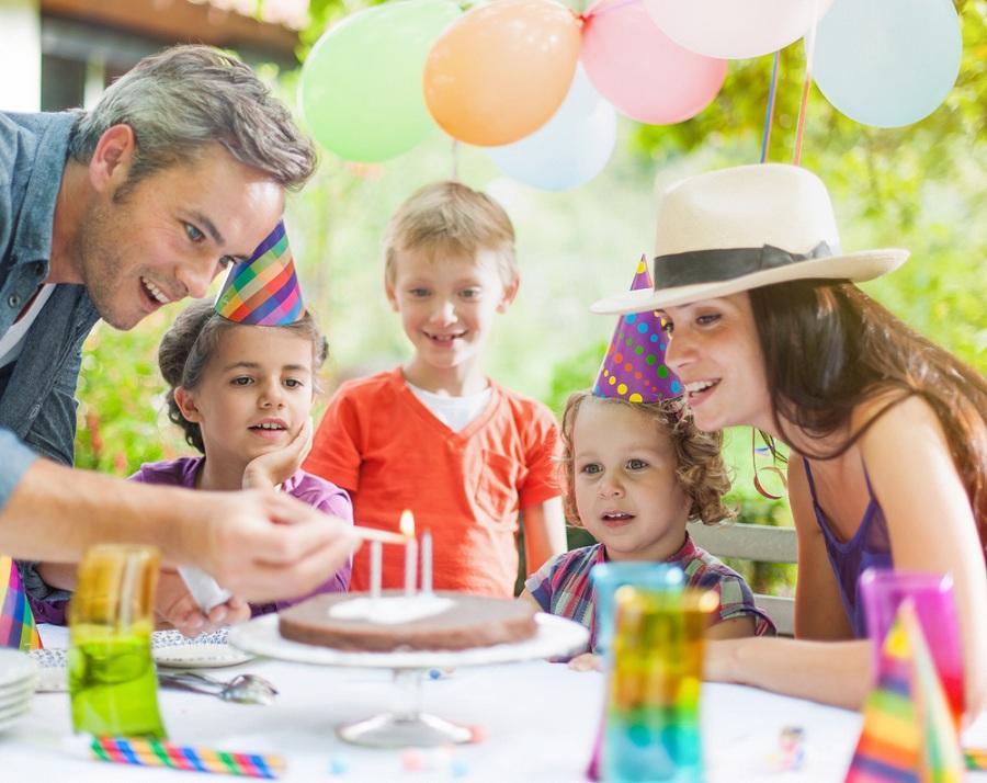 Ünnep a családban? Hobby áruházunkban megtalálhatja a szükséges kiegészítőket!